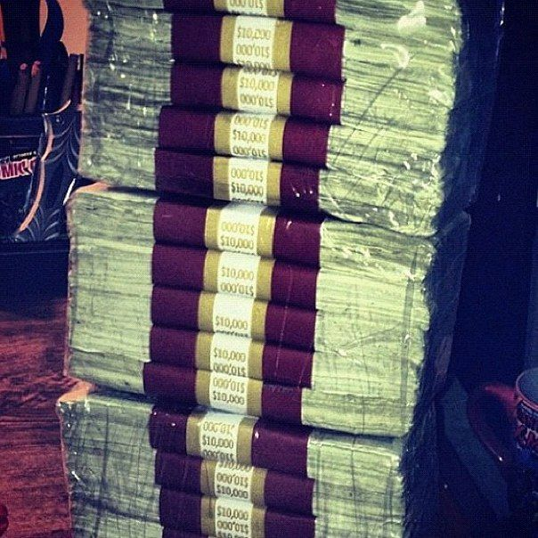 #cash #money #dollars #rich
