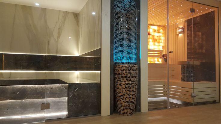 Sauna pentru 2-3 persoane din lemn de plop finlandez alb fara noduri,perete decorativ de marmura neagra in spatele sobei de incalzire sauna,front sticla clara securizata, termorezistenta, iluminare ambientala cu fibra optica colorata tip cer-de-stele, perete de cca 350 kg. sare de Himalaya iluminata din spate, soba incalzire sauna tip turn, HARVIA Cilindro. www.saune.ro