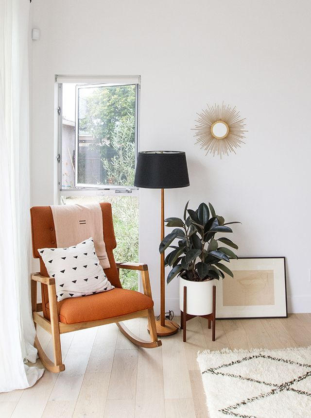3 Ways to Mix Mid-Century with Rustic | Visit http://www.modernfloorlamps.net for more inspiring images and decor inspirations