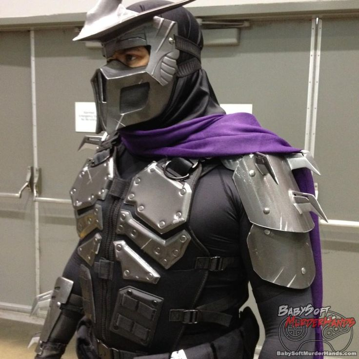 Shreddercosplay from Stan Lees Comikaze 2015 @babysoftmurderhands @stanleescomikaze shredder cosplay costume stan lee comikaze tmnt teenage mutant ninja turtles #anime #cosplay #costume #otaku #gamer #videogames