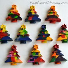 East Coast Mommy: Recycled Crayons for Christmas {gift for classmates}