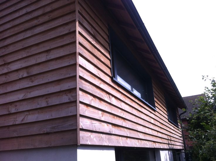 Mitred corner cladding detail on a Passivhaus near Hereford. The vertical board gives a bit of tolerance.