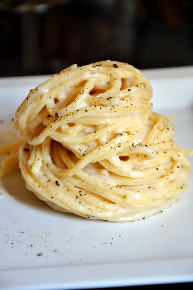 Authentic Cacio e Pepe recipe. Just pasta, cheese, and pepper. #afoodie