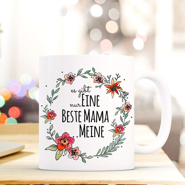 "Geschenk zum Muttertag : weiße Tasse mit frühlingshaftem Blumenkranz und schwarzer Aufschrift ""beste Mama"" / Mother's Day gift: white coffee cup with flowers and black lettering for the best mom in the world made by deinewandkunst via DaWanda.com"