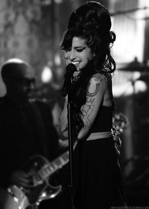"""Amy Winehouse - """"You made me miss the Slick Rick gig..."""""""
