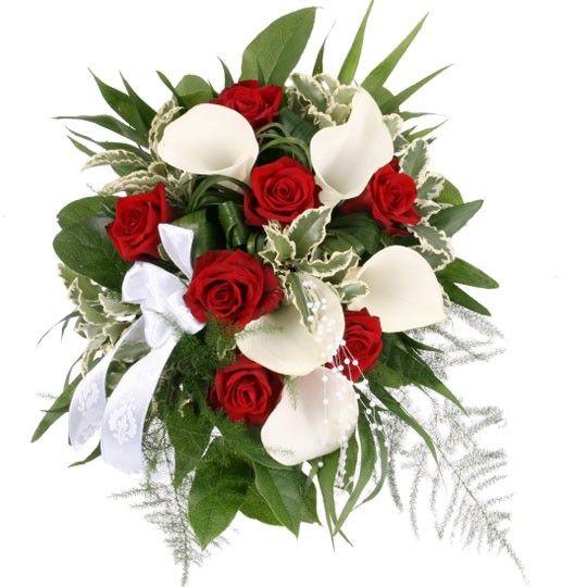 die besten 25 rote rosen hochzeit ideen auf pinterest rote rosen hochzeitsblumen rote rosen. Black Bedroom Furniture Sets. Home Design Ideas