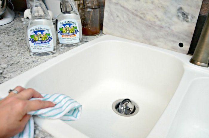 5 Omas Hausmittel und Tipps, wie Sie alternativ die Küche reinigen