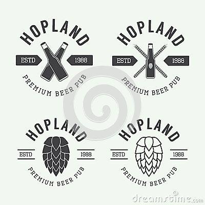 Ensemble de logos de bière et de bar de vintage, labels et emblèmes avec des bouteilles, des houblon, et le blé