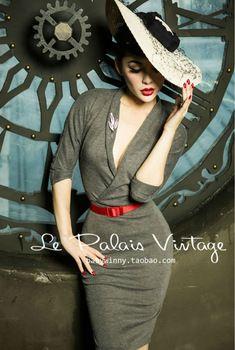 Le Palais Vintage elegant Retro Classic Sexy deep V plunging necklines knitting bag hip dress/bodycon dress