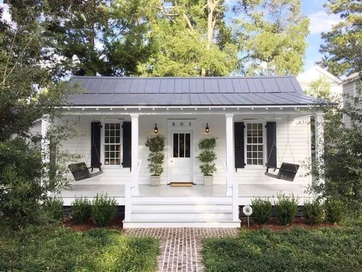 60 simple modern farmhouse exterior design ideas 55