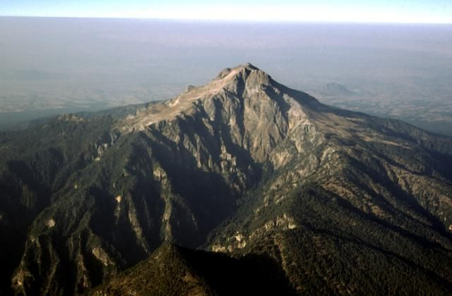 9 intensos y hermosos volcanes que debes visitar en México.