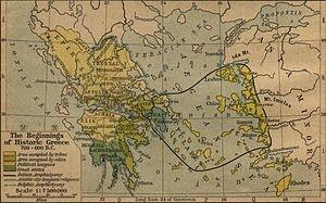 Dans le bassin méditerranéen, la culture grecque a joué un rôle décisif, notamment du fait de l'influence qu'elle eut à Rome, où le grec devint la langue du savoir utilisée par les élites, et de l'influence qu'elle exerça dans le monde arabo-musulman, qui traduisit en arabe de nombreux traités grecs. C'est ainsi que certaines productions politiques et culturelles du monde grec ont eu un rôle majeur dans le développement de la civilisation occidentale