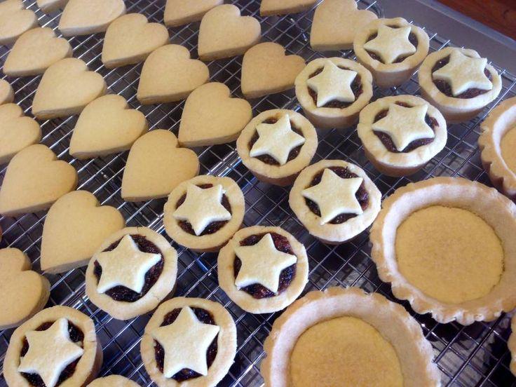 Shortbread ... Done Three Ways (Biscuits / Fruit Mince Tarts / Lemon Curd Tarts)