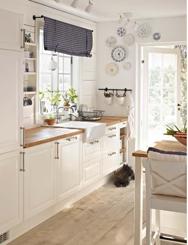 Love This Ikea Kitchen White On White With A Light Wood Flooring