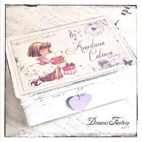 Dreams Factory - Girl with gifts box - #handmadeinromania