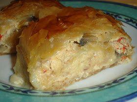 Ένα πιάτο κατάλληλο για μπουφέ ή τραπέζι Υλικά (Για 3 ρολά) 15 φύλλα κρούστας 1 κοτόπουλο 1 1/2 κιλό τουλάχιστον 2 κρεμμύδια ξερά 1 καρότ...