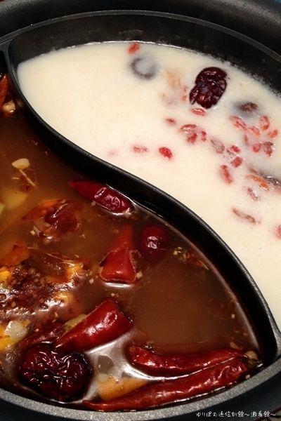 勝手に絶賛応援中のヤマブシダケで紅白薬膳火鍋と香醋タレレシピ。 by ...