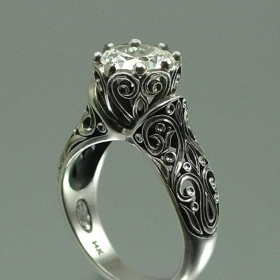 love this: In Love, Vintage Wedding, Gold Engagement Rings, Diamonds, Vintage Rings, White Sapphire, Wedding Rings, Dreams Rings, Princesses
