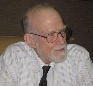 Tony Hoare Doctor Honoris Causa por la Universidad Complutense / David de Frutos + Ricardo Peña + El Año de Turing blog [http://blogs.elpais.com/turing] + @elpais_sociedad | #science