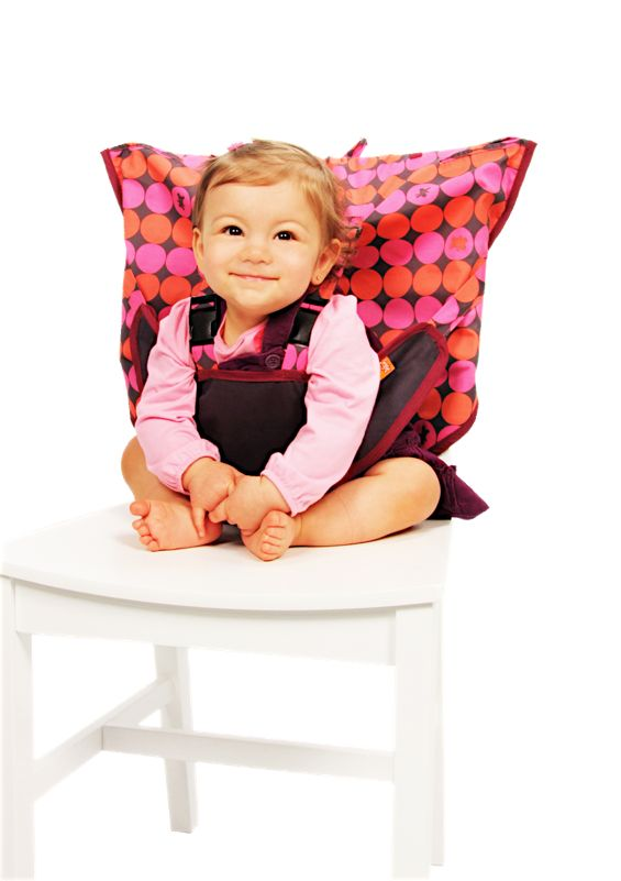 Inexpensive travel high chair that you don't have to sew. Perfect for a family on the go-go-go, like us.