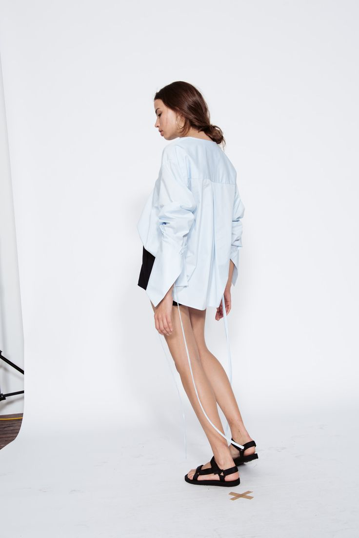 Georgia Alice Resort 16 Blue Moon Cropped Shirt and James Short