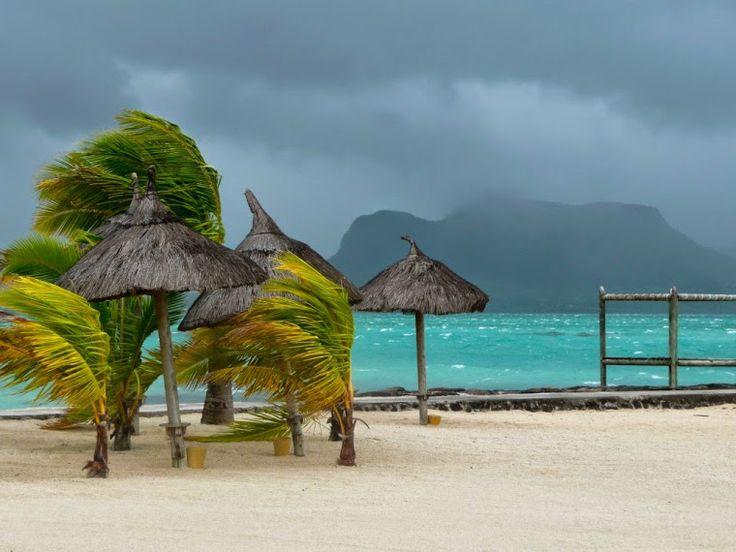 Cyclone warning in Mauritius Island heavy rainfalls and bad weather