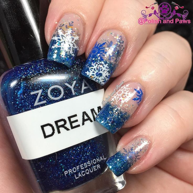 For day 3 of the #clairestelle8jan challenge the prompt is Snow and Ice. I had to go from memory here cause its been in the 70's all winter this year! For this mani I started with 2 coats of @zoyanailpolish in Bailey. I then sponged @zoyanailpolish Dream on the tips. Using #MdU white #MdU blue @mpolishes Joy Frost and Iron I stamped various snowflakes using my clear jelly stamper from @cosette.nail.shop. I finished it all of with a light coat of glitter topper @chinaglazeofficial Snow…
