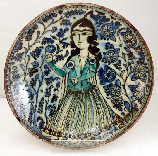Ceramic plate, Qajar era, ca 18th century, private collection.