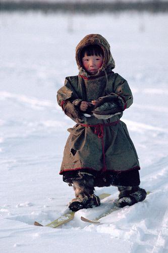 Nenets boys learn to ski almost as soon as they can walk. Yamal. Siberia. Russia.: Russia, !! La péninsule de Yamal est une vaste péninsule russe de 120 000 km² avançant sur environ 700 km dans l'océan Arctique depuis la Sibérie occidentale. Wikipédia