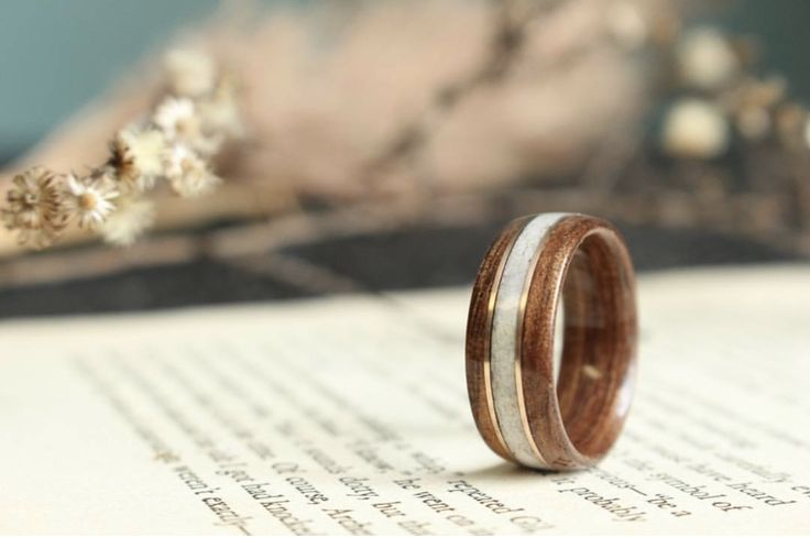 What do you think about this antique walnut, elk antler, and rose gold double inlay ring? Pretty awesome right?