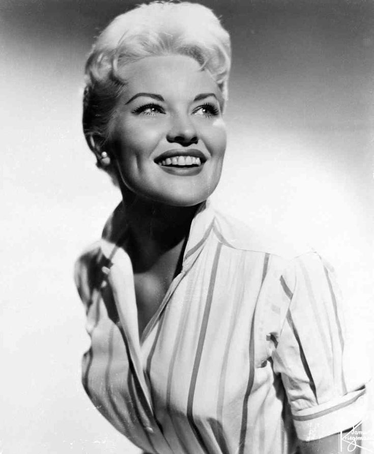 """Patti Page   1927 - 2013. Singer of the famous song, and one of my favorites, """"The Tennessee Waltz"""" One of the greatest voices of 1960"""