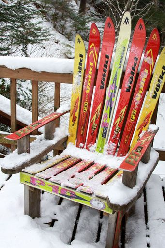 Ski Furniture... Perfect.: Furniture Arrangement, Skiing Chairs, Antiques Furniture, Old Furniture, Cabin Chairs, Furniture Idea, Skiing Furniture, Mountain House, Skiing House
