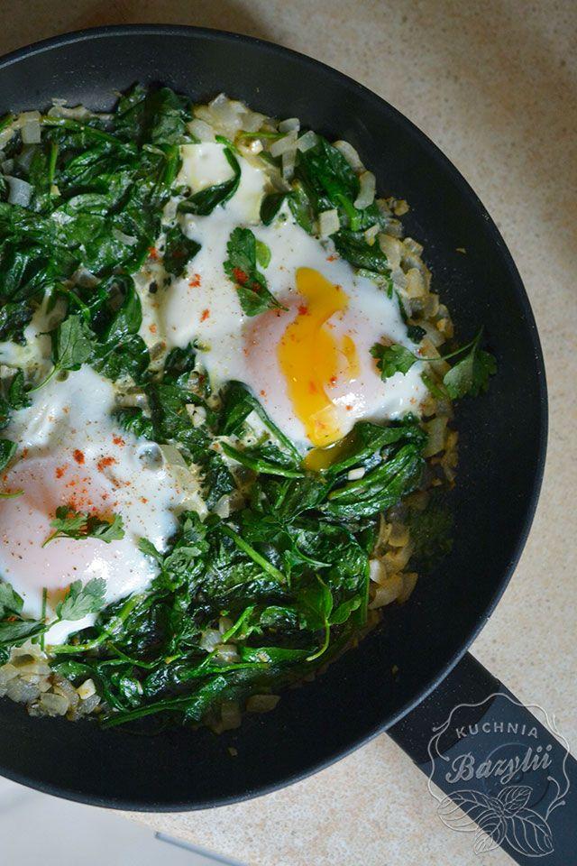 Zielona Szakszuka Przepis Na Szakszuke Ze Szpinakiem Zobacz Recipe Healthy Recipes Culinary Recipes Healthy