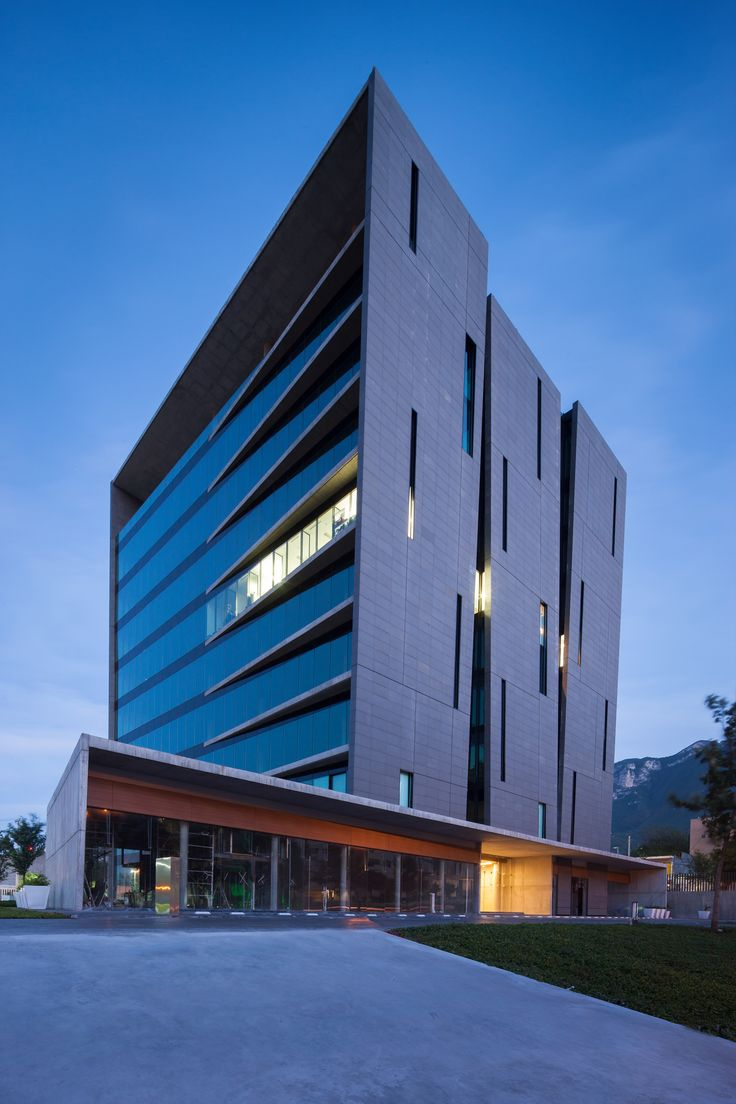 25 melhores ideias de fachadas de edificios modernos no for Fachadas de edificios modernos