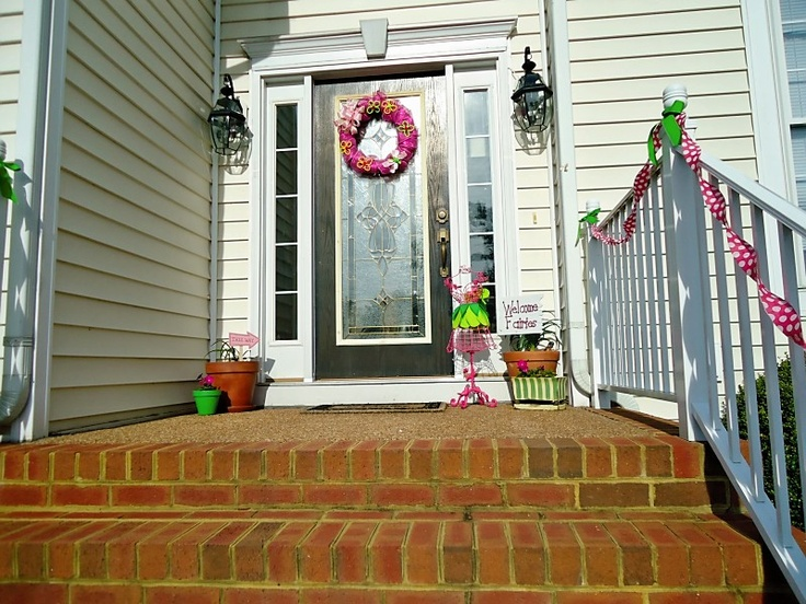 Full view of front stoop for the home pinterest for Front door stoop ideas