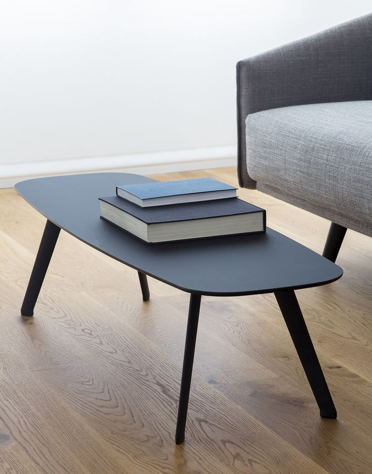 Superb black STUA Solapa table with fenix top. A subtle and elegant Jon Gasca design.  SOLAPA: www.stua.com/design/solapa