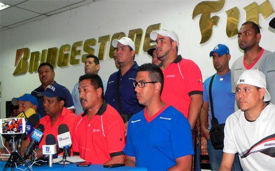 El Sindicato de Trabajadores de la llantera Firestone-Bridgestone emplazó a huelga por violaciones al contrato colectivo y en demanda de un incremento salarial del 15 por ciento, informó...