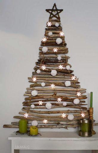 No tienes espacio, aquí tienes un árbol de navidad en pared