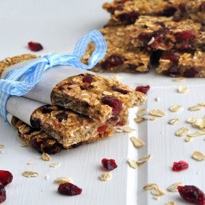 Low-fat Granola Bars with Bananas, Cranberries, and Pecans | Bon ...