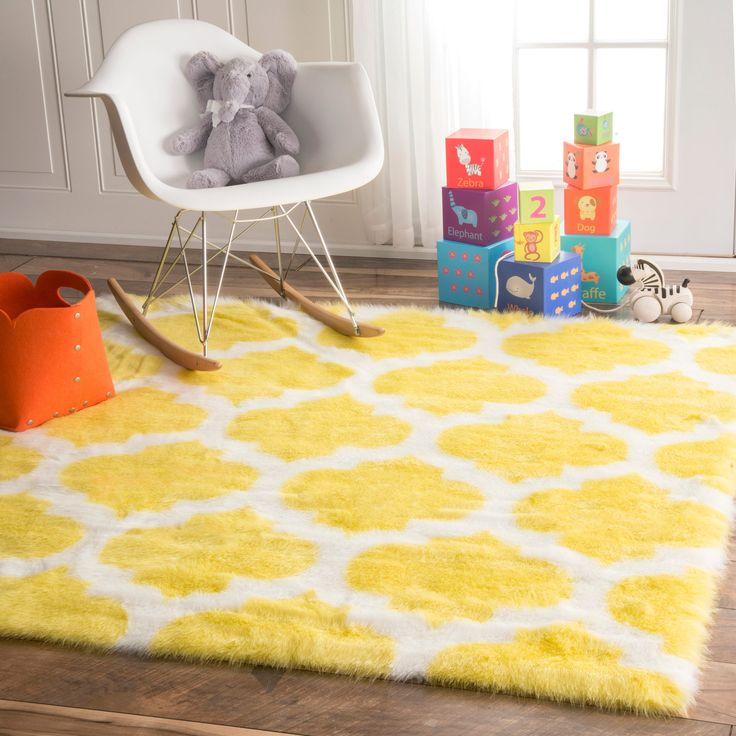 NuLOOM Cozy Soft And Plush Faux Sheepskin Tellis Shag Kids Nursery Yellow  Rug (5u0027 Square) (Yellow), White, Size 5u0027 X 5u0027 (Acrylic, Geometric)