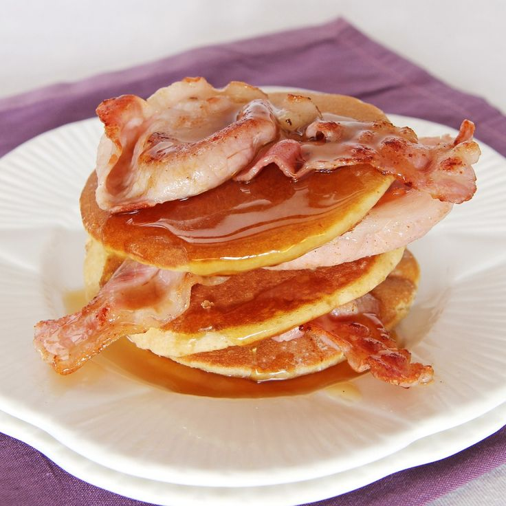 Buttermilk And Cinnamon Pancakes With Bacon Recipe | BakingMad.com