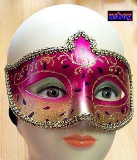 Erre Én is kíváncsi vagyok!: Farsangi maszk, utca-maszkabálra, sziveszterre.