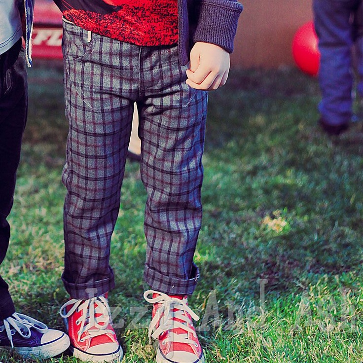 Love these pants. Also a good reminder to get red converse!