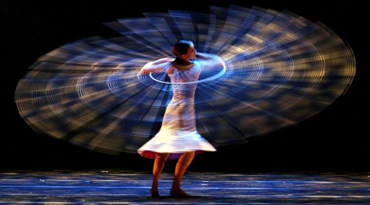 MOMIX is looking for creative, imaginative, and inventive dancers… #audition #auditions #dance #ballet #contemporarydance