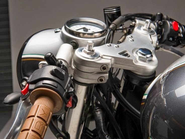 "Racing Cafè: Triumph Thruxton 2007 ""312"" by Analog Motorcycles"