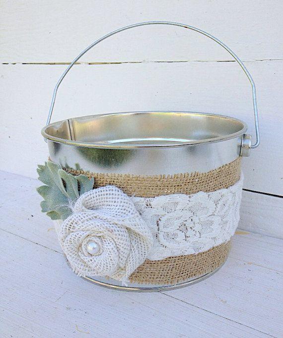 TIN BUCKET Flower Girl Basket Rustic Burlap por FarmHouseFare