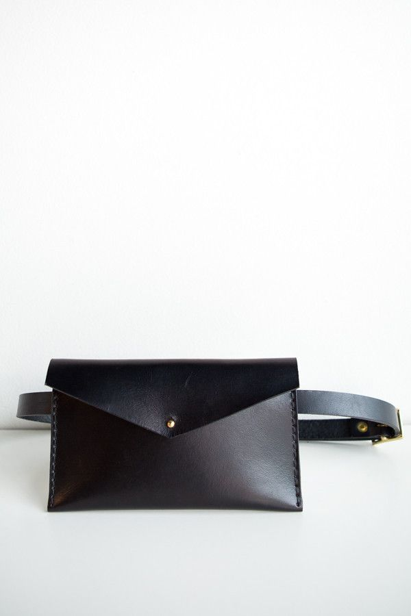 Solid Mfg. Co. handmade leather fanny - PARC