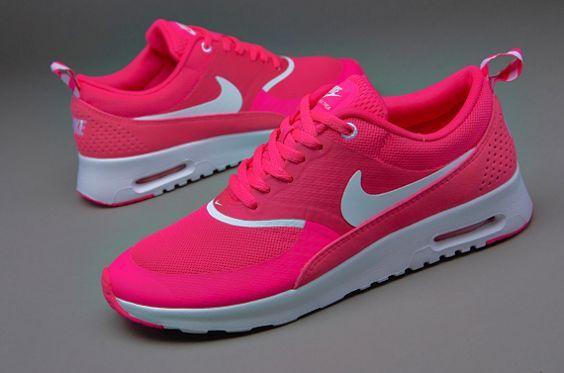 242 Mejor En Paris Street Styles Imágenes En Mejor Pinterest Nike Running 9413d0