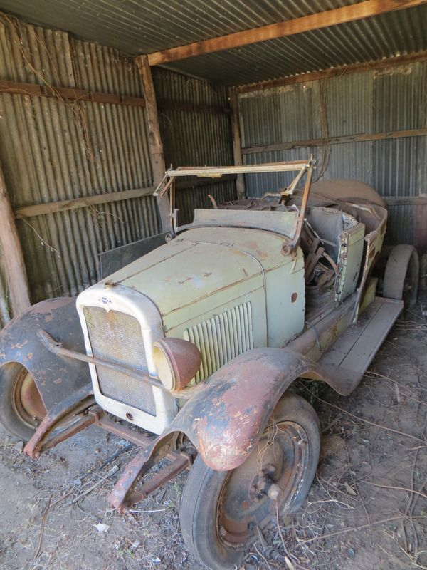 FOR SALE:1927 CHEVROLET SUPERIOR N/A SEDAN for $5,000 . Located in GATTON QLD.  Contact  for more details.