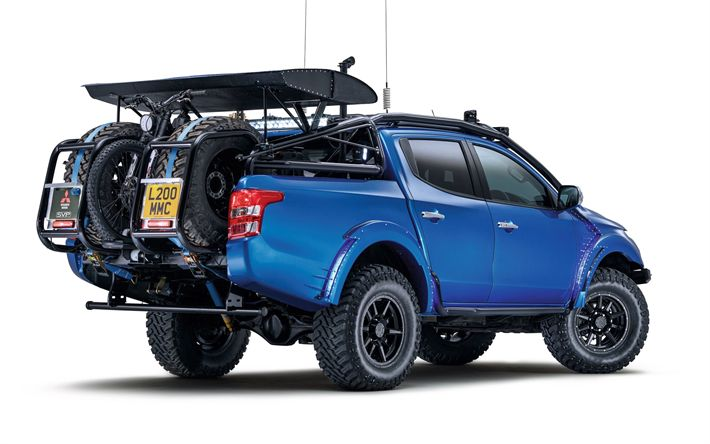 Download wallpapers Mitsubishi L200, 2017, Japanese SUV, pickup, blue L200, tuning, motorcycle transportation, Mitsubishi